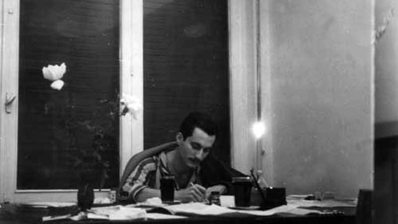 غسان كنفاني.. في ذكرى اغتياله | أخبار سكاي نيوز عربية