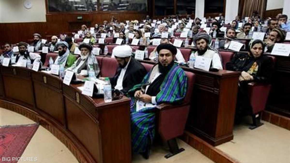 """إقالة 3 وزراء أفغان بسبب """"ضعف الأداء"""""""