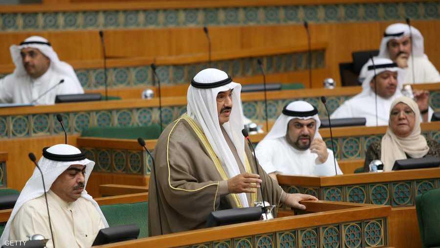 في سابقة هي الأولى من نوعها.. التحقيق مع رئيس وزراء الكويت السابق الشيخ ناصر المحمد الصباح