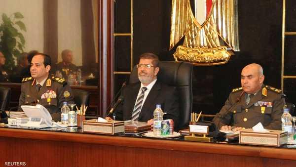 عبدالفتاح السيسي ,   نجل محمد مرسي ,   عمر محمد مرسي ,   القابضة للمطارات