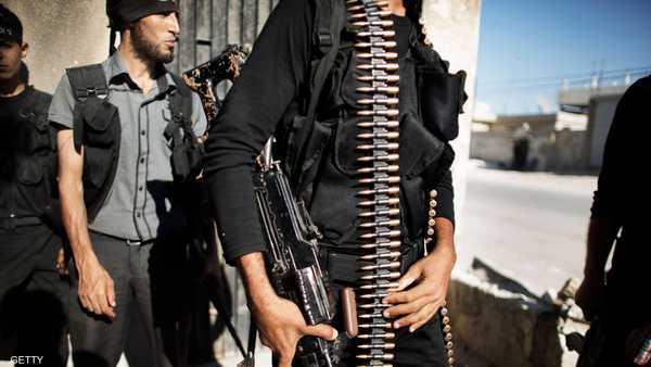 أفراد من الجيش الحر في عزار بريف حلب الشمالي