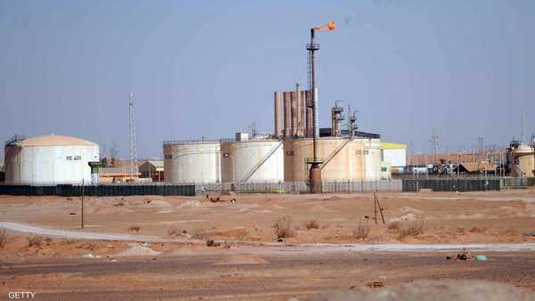 نفط ليبيا ,   مرفأ السدر ,   راس لانوف ,   ليبيا ,   إضراب عمال