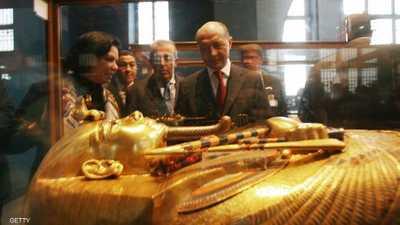 مصر تخاطب الإنتربول لتعقب قطع أثرية بيعت بمزاد في لندن