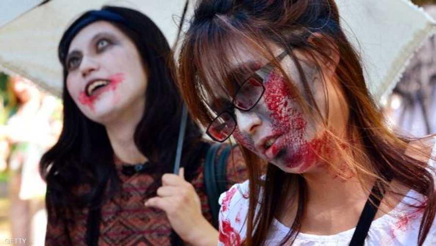 شارك في مسيرة الزومبي أو الموتى الأحياء أكثر من 81 شخصا