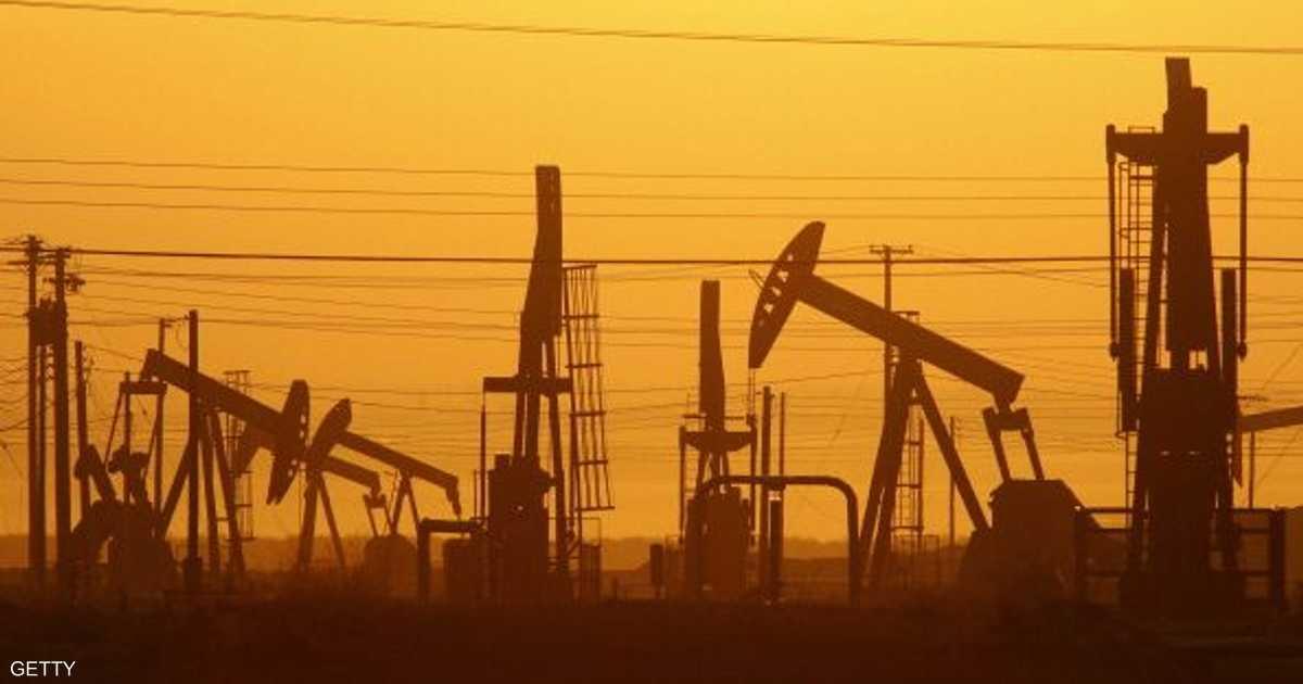 أسعار النفط تهبط.. وقفزة بمخزونات أوكلاهوما