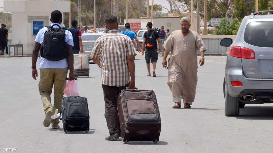 كما هددت بغلق الحدود مع ليبيا