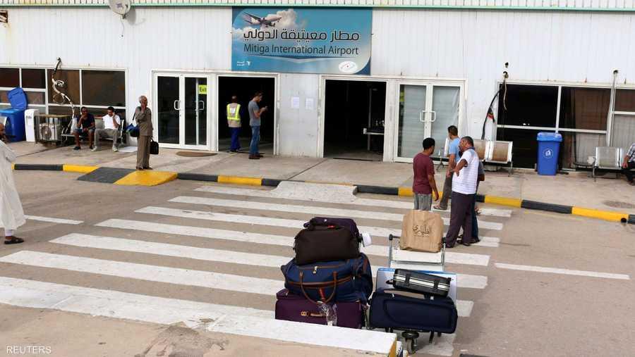مطار طرابلس أغلق بسبب القتال وبات مطار معيتيقة المنفذ الوحيد للمغادرين من العاصمة