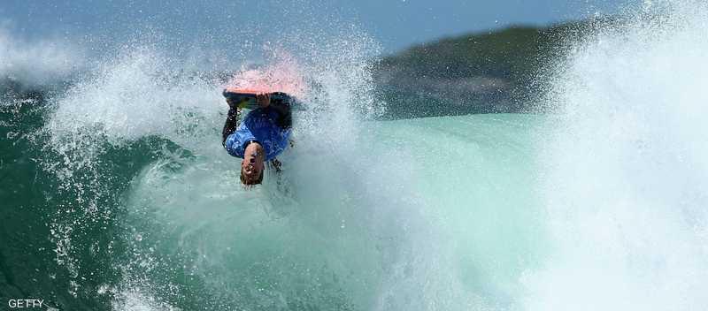 ركوب الأمواج رياضة شائعة في أستراليا