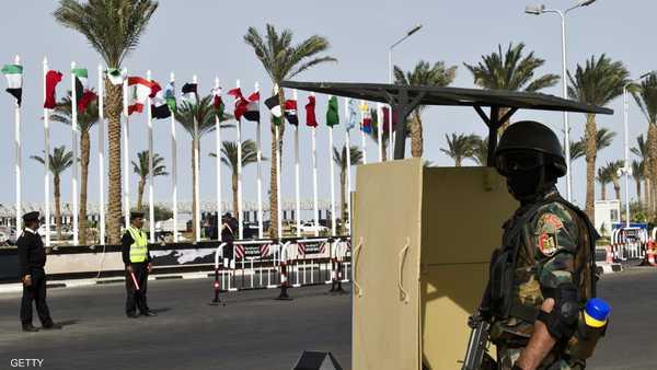 إصابة جنود مصريين بانفجار جنوبي العريش 1-730289