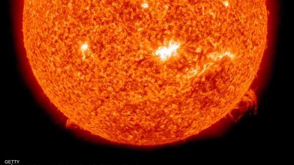 الشمس , وهج الشمس , صور الشمس , تلسكوب , بناء تلسكوب , التلسكوب الفضائي , التلسكوبات الفضائية , سطح الشمس