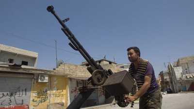 عسكري متقاعد يفضح تركيا وقطر: زودتا البؤر الساخنة بالسلاح