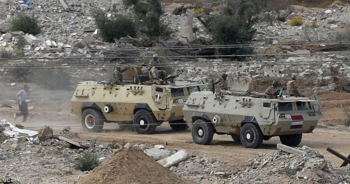الجيش المصري يقتل عشرات المسلحين بسيناء