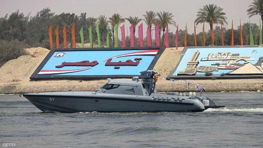 فرضت قوات الجيش المصري إجراءات أمن صارمة في مدن القناة الثلاث