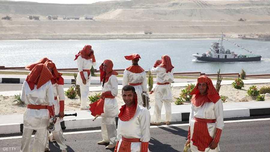 إحدى الفرق الاستعراضية أثناء الاستعدادات لحفل افتتاح قناة السويس الجديدة