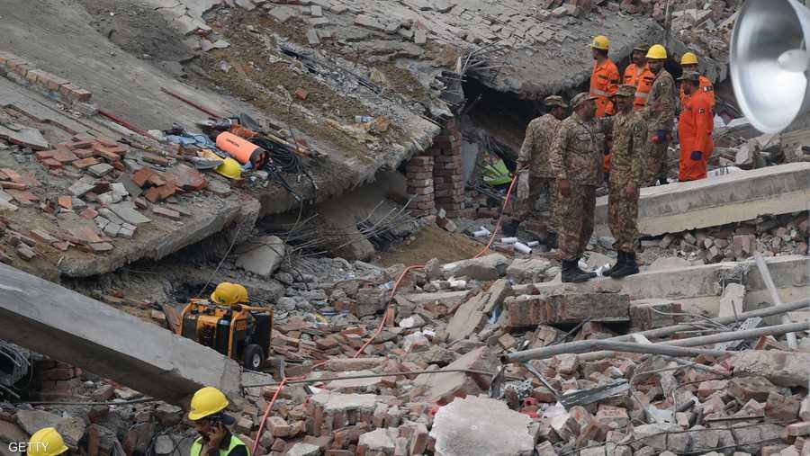 لباكستان سجل سيئ في سلامة وصيانة المباني.