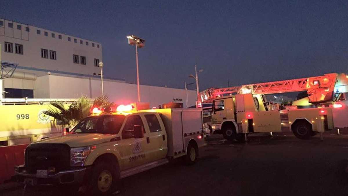 فرق أمنية وإسعافية وخدمية ساهمت في إطفاء الحريق