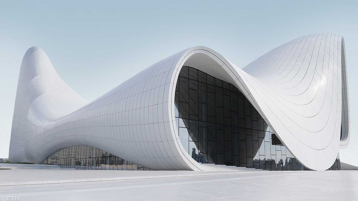 مبنى حيدر ألييف في أذربيجان