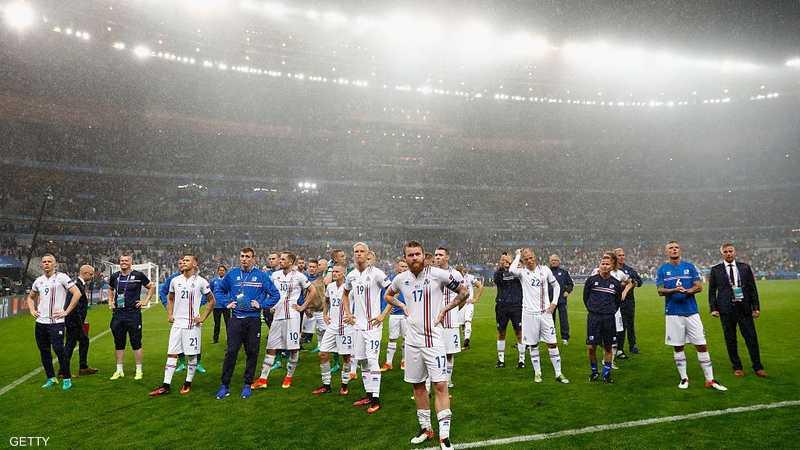 لاعبو أيسلندا بعد نهاية مغامرة اليورو