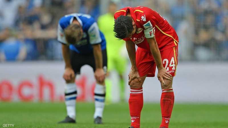 لقطة لا تحتاج تعليقا لحالة لاعبي أرمينيا بيليفيلد وإف سي برلين