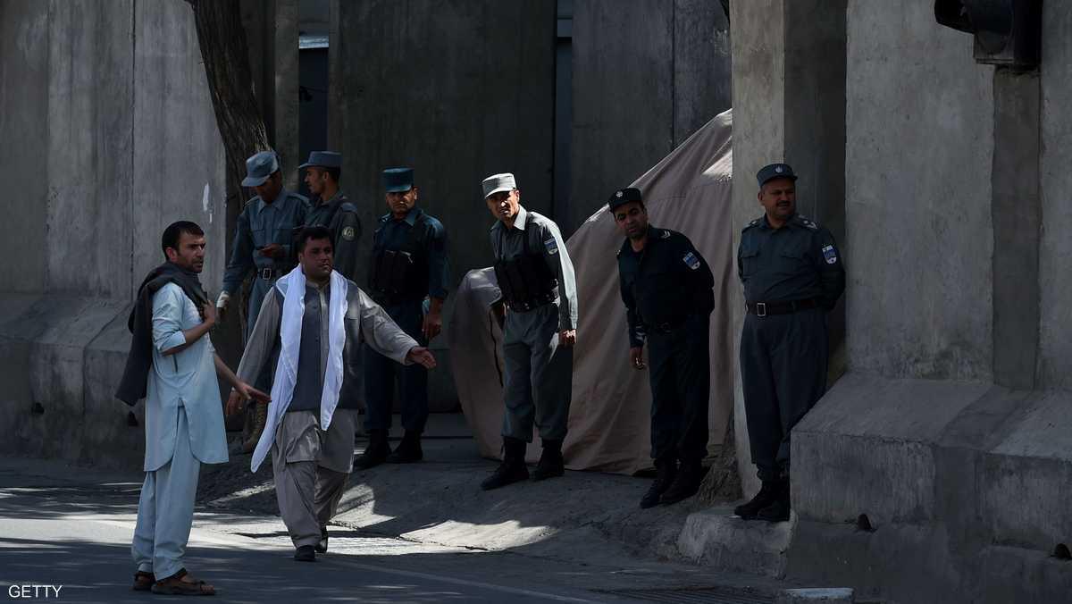 """غارات أميركية """"صديقة"""" تقتل 8 شرطيين أفغان"""