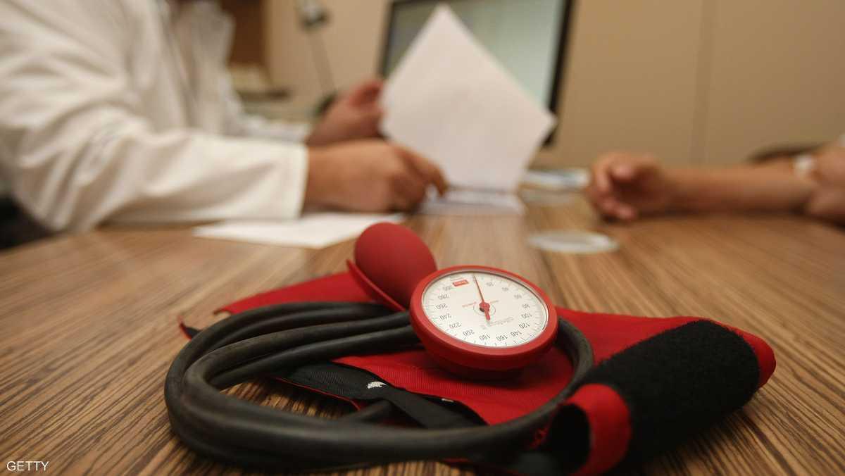 """ضغط الدم """"المتقلب"""" مرتبط بالخرف"""