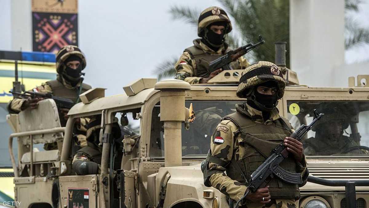 مقتل إرهابيين في مداهمات للجيش المصري بسيناء