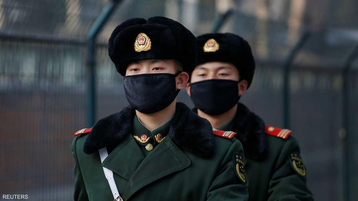 حتى الجنود لم يتحملوا حجم التلوث