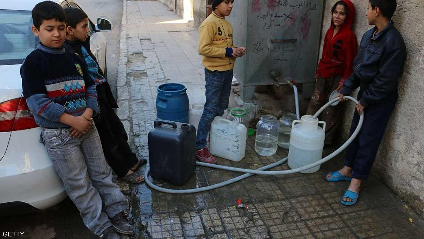 السوريون يعانون من شح في المياه