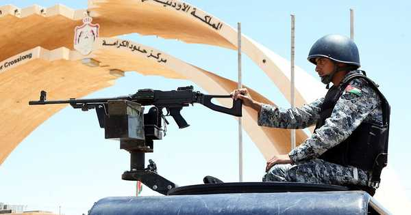 عمان تدعو لفتح معبر طريبيل الحدودي مع العراق   أخبار سكاي نيوز عربية