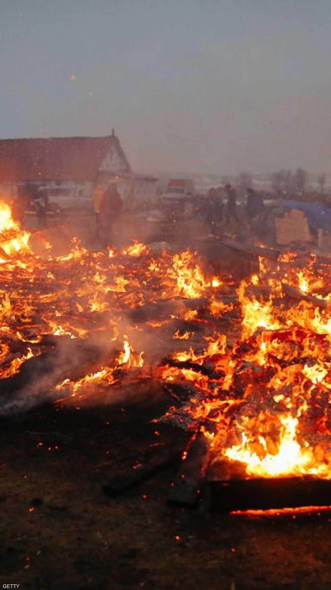 بعد اجلاء الناشطين تنوي السلطات الأميركية إزالة بقايا المخيم