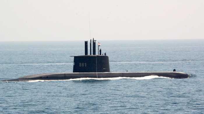 الغواصة الألمانية تحيا مصر