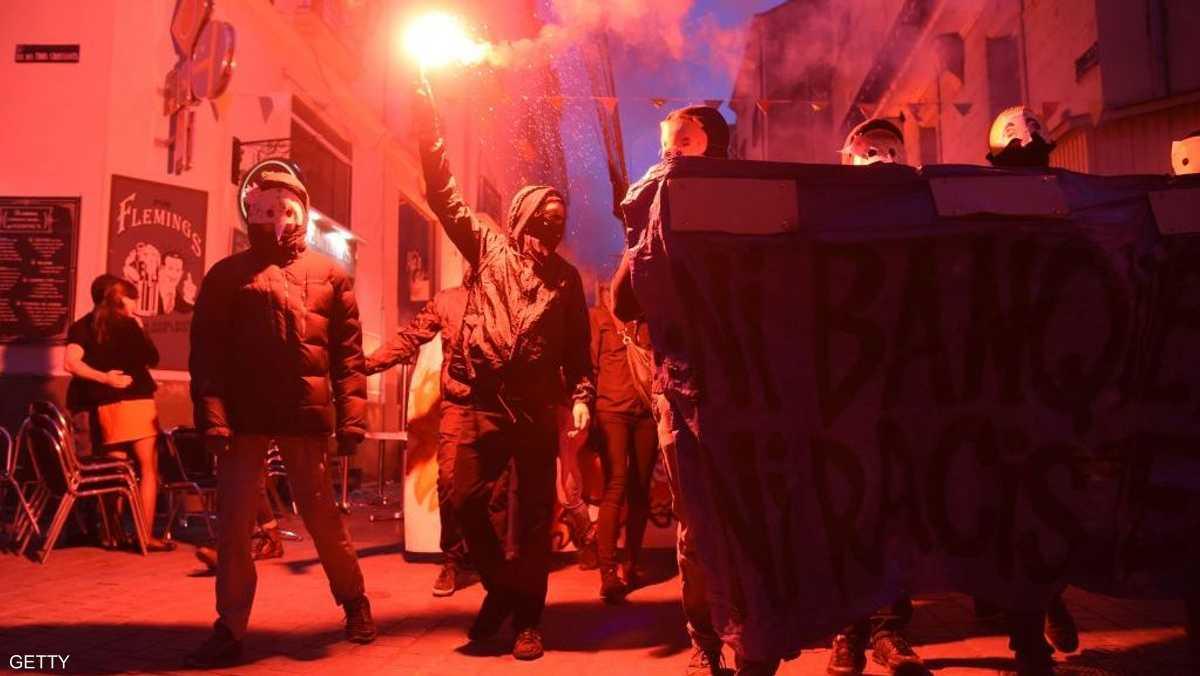 المحتجون استقبلوا فعاليات حملة لوبان بالغضب