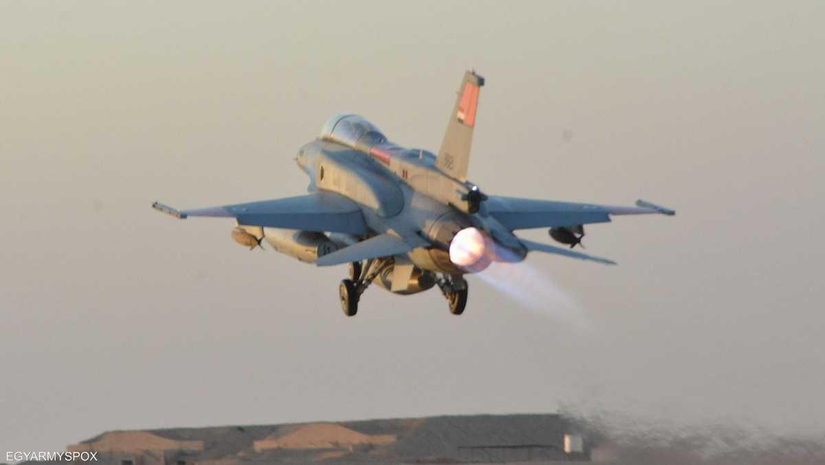 الغارات المصرية والليبية تمهد لعملية أوسع على الأرض