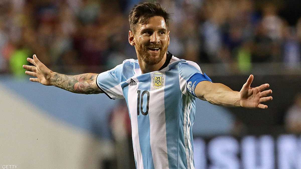 الأرجنتيني ليونيل ميسي، الدخل: 80 مليون دولار.