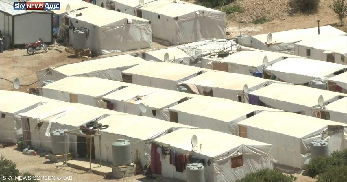 عائلات نازحين تتجه للعودة من عرسال إلى سوريا   أخبار سكاي نيوز عربية