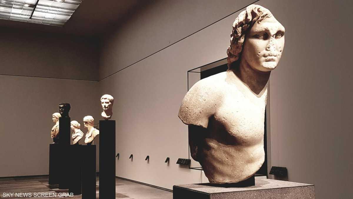 يضم المتحف أكثر من 600 قطعة أثرية