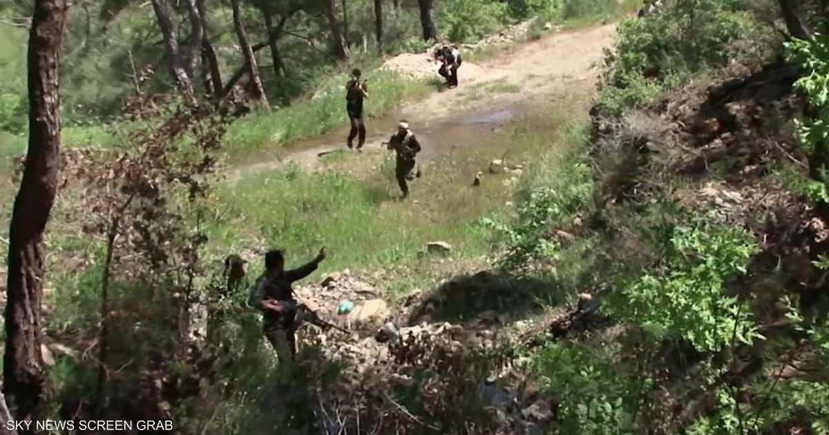 مقتل وجرح عدد من مسلحي  الحشد الشعبي  بغارات قرب حدود العراق   أخبار سكاي نيوز عربية