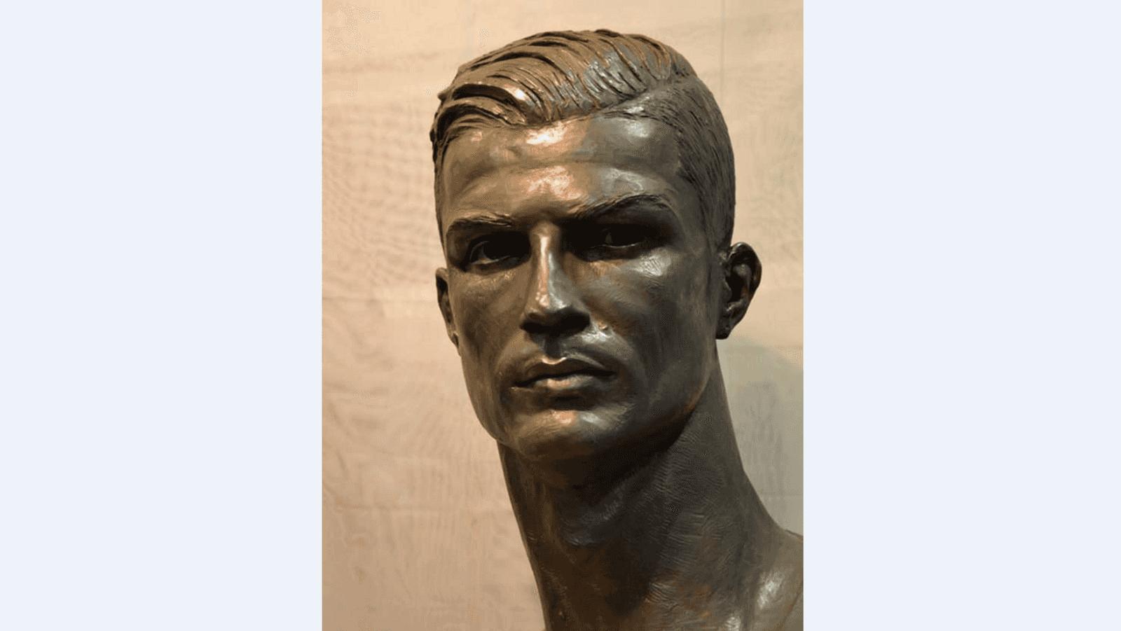 تمثال رونالدو الجديد