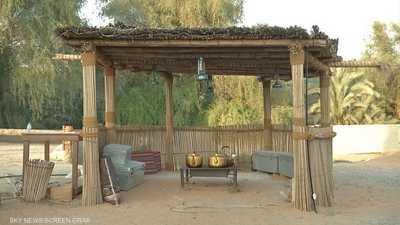صناعة البيوت من النخيل حرفة عمرها مئات الأعوام بالإمارات
