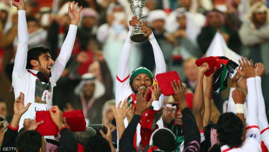 أما لقب الإمارات الأول فكان عام 2007 على أرضها