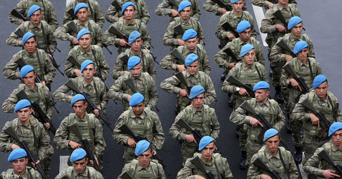 أمر باعتقال عشرات الجنود في الجيش التركي