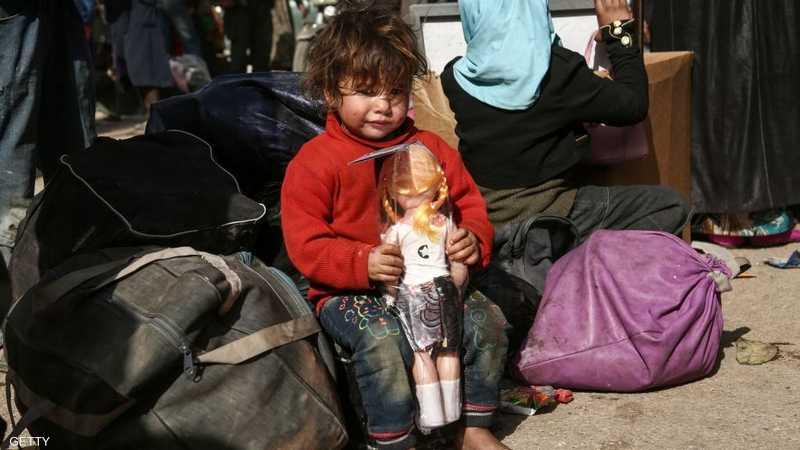 ألعاب لا تخفي نظرة الحزن عن وجوه أطفال الغوطة