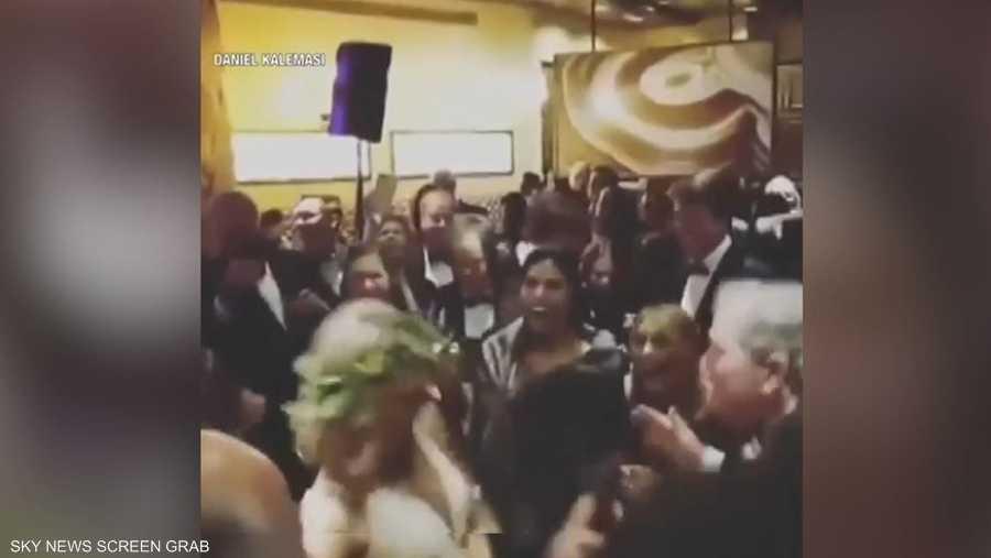 6d4f09591 فيديو لرقصة بوش الابن المثيرة يثير عاصفة إلكترونية | أخبار سكاي نيوز ...