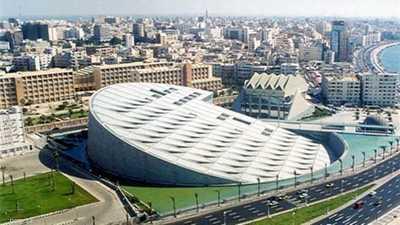 قال سكان في الاسكندرية إنهم شعروا بالزلزال