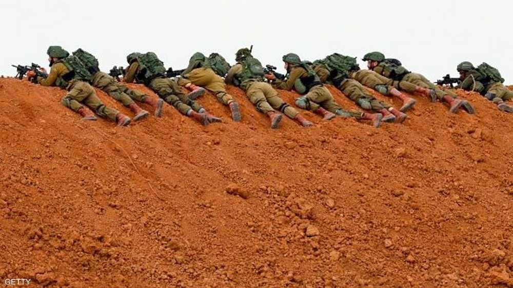 قناصة إسرائيليون على حدود غزة.