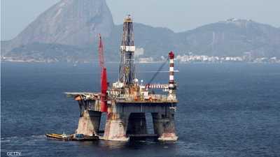 النفط يتعافى.. والقلق بشأن المعروض يهيمن على السوق