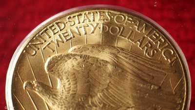 الذهب قرب أعلى مستوى مع هبوط الدولار والأسهم