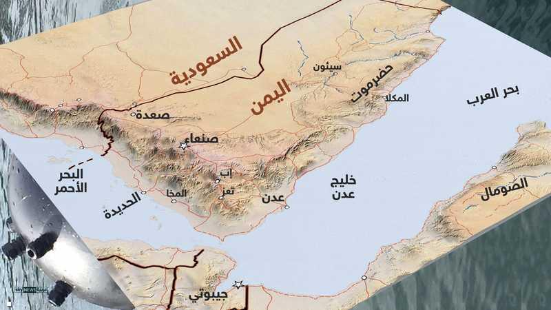يعد الميناء الممر الأول إلى كافة الجزر اليمنية