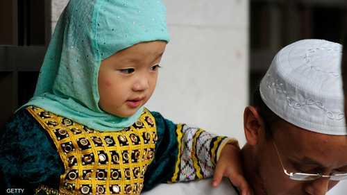 مسلمو الصين لهم أزياء جميلة تقليدية تميزهم