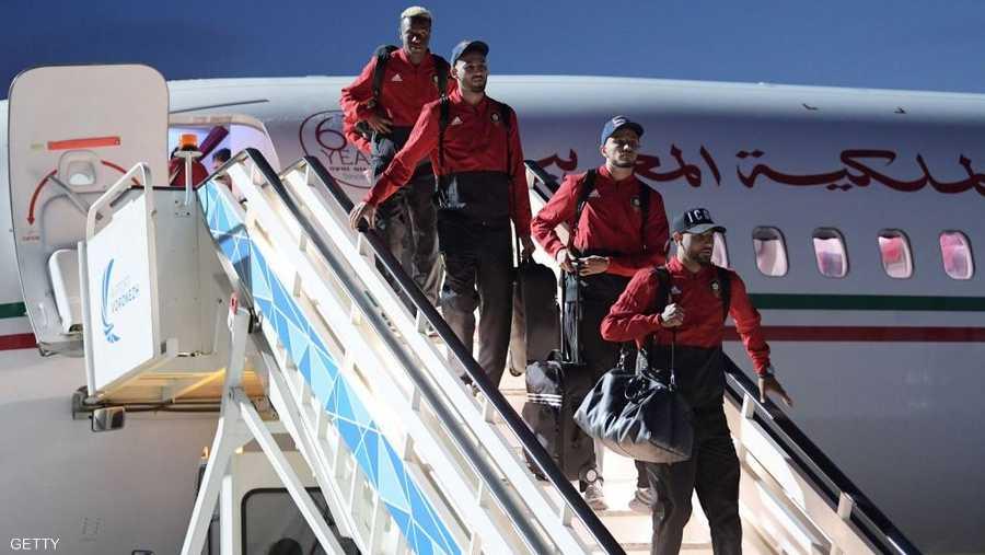 لاعبو المنتخب المغرب عند وصولهم إلى روسيا